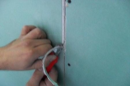 Как подрезать стык ГКЛ