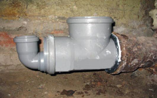 Переход с чугуна на пластик в канализации