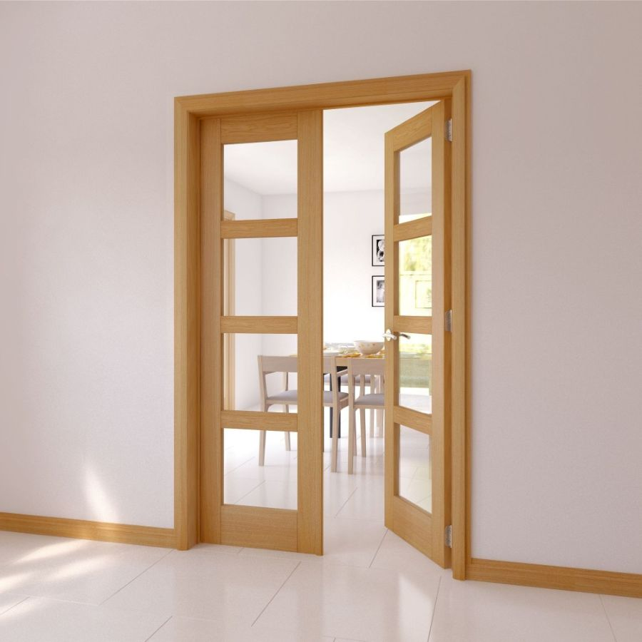 Распашная двустворчатая дверь