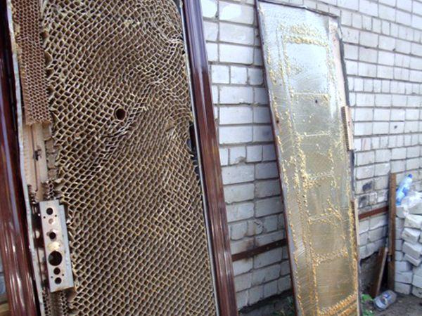 Разобранная китайская дверь