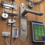 Как выбрать дверной замок для металлической двери
